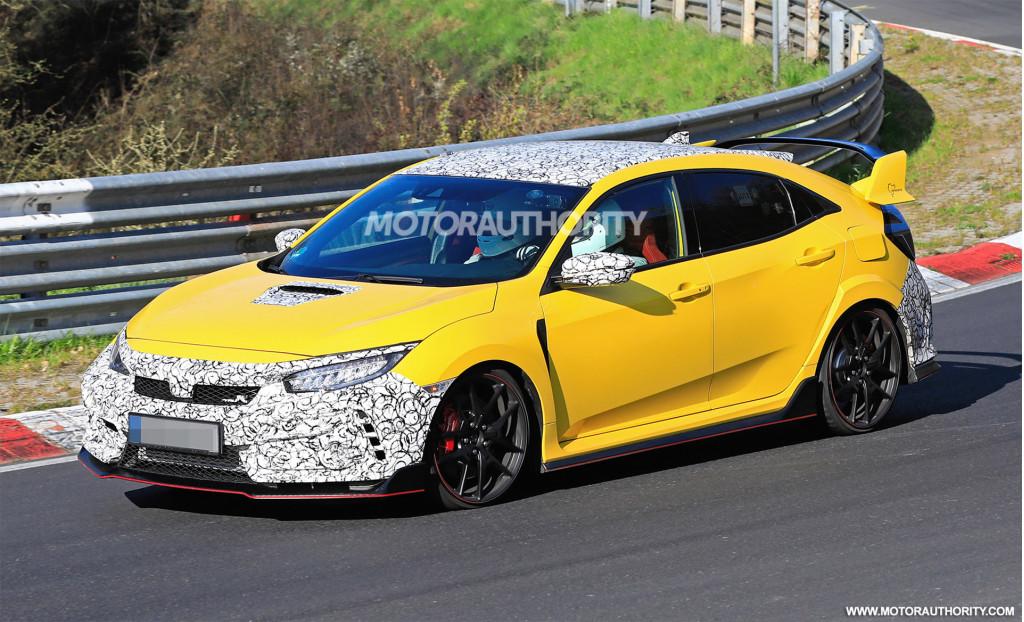 2020 Honda Civic Type R facelift spy shots - Image via S. Baldauf/SB-Medien