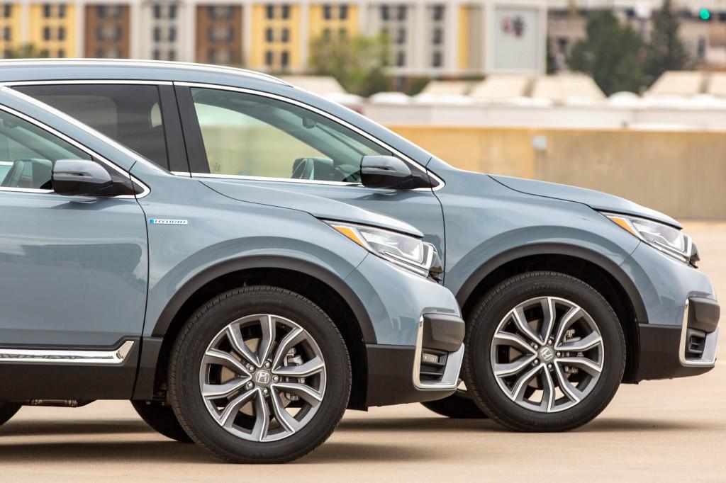 2020 Honda CR-V Hybrid vs. 2020 Honda CR-V