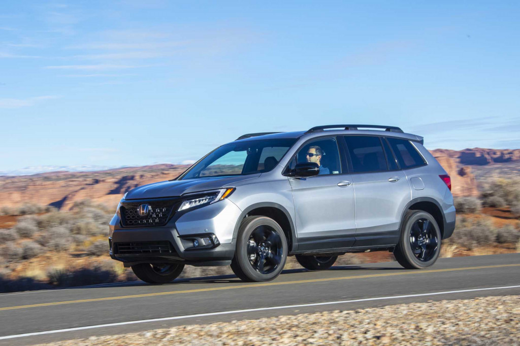 2021 VW Atlas Cross Sport vs. 2020 Honda Passport: Compare Crossover SUVs