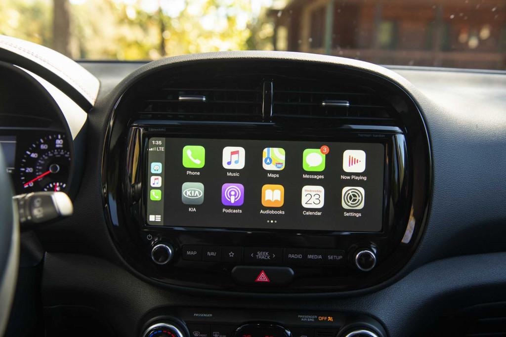 2020 Kia Soul Apple CarPlay