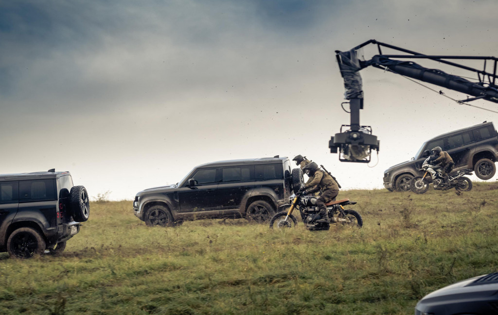 """2020 Land Rover Defender on the set of new James Bond movie """"No Time To Die"""""""