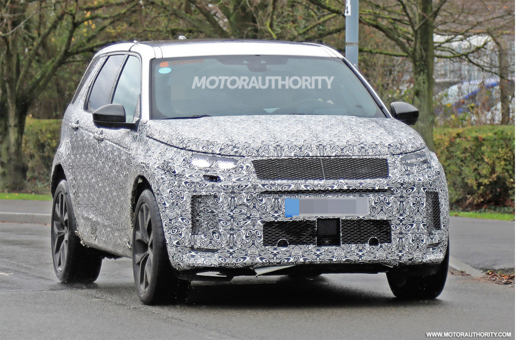 2020 Land Rover LR4 Rumors, Redesign, Release Date, Drivetrain >> 2020 Land Rover Discovery Sport Spy Shots And Video
