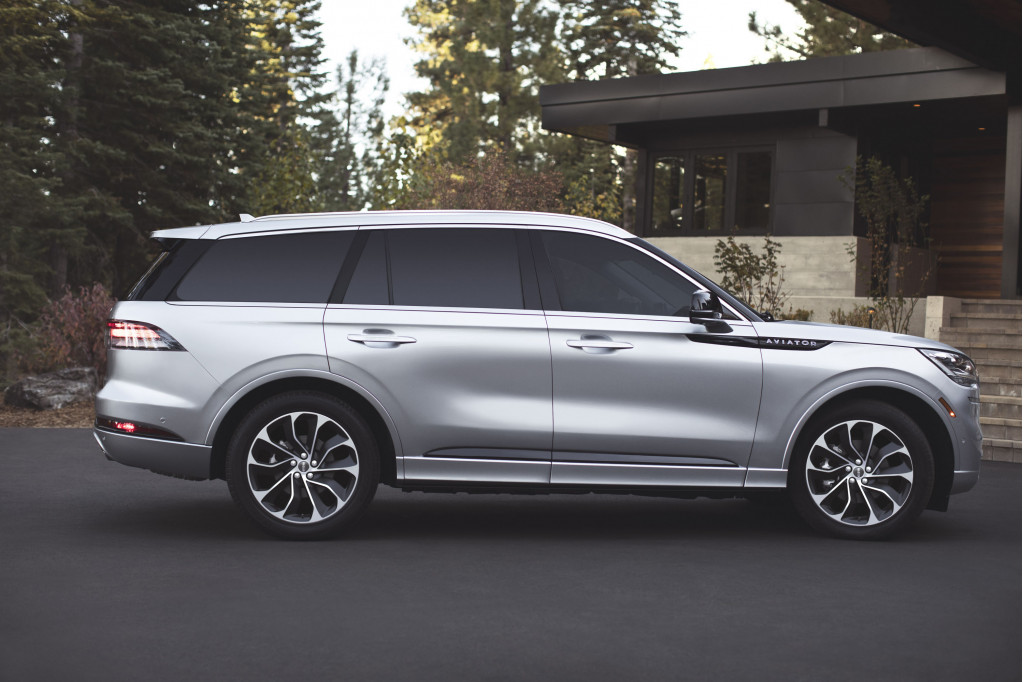 2020 Lincoln Aviator Review Ratings Specs Prices And Photos