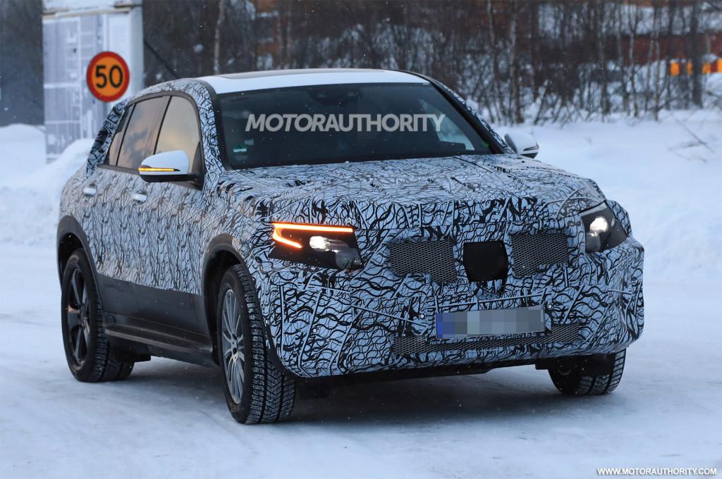 2020 Mercedes-Benz EQC electric SUV spy shots