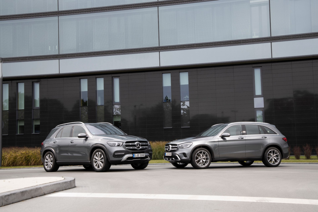 2020 Mercedes-Benz GLC and GLE plug-in hybrids (Euro-spec shown)