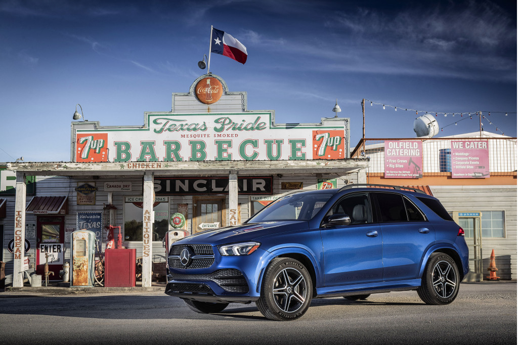 The 2020 Mercedes-Benz GLE 350 shorts on cylinders, goes long on satisfaction