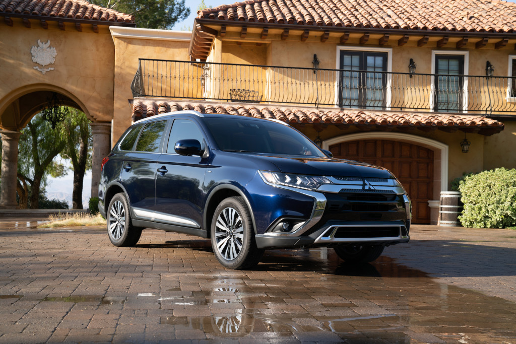 2020 Mitsubishi Outlander Sport: Updated Styling And Infotainment System, Release, Price >> 2020 Mitsubishi Outlander Review Ratings Specs Prices