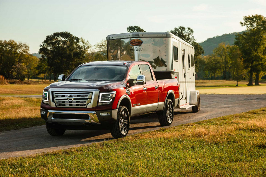 2020 Nissan Titan XD updated for heavy-duty pickup truck competition
