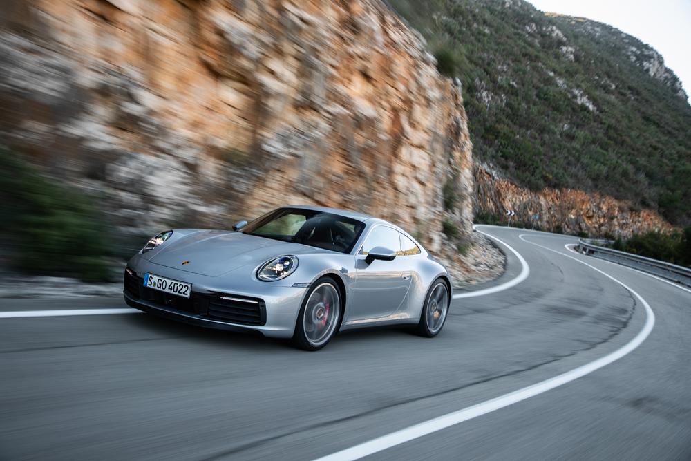 Gas-powered Porsche 911 isn't going anywhere