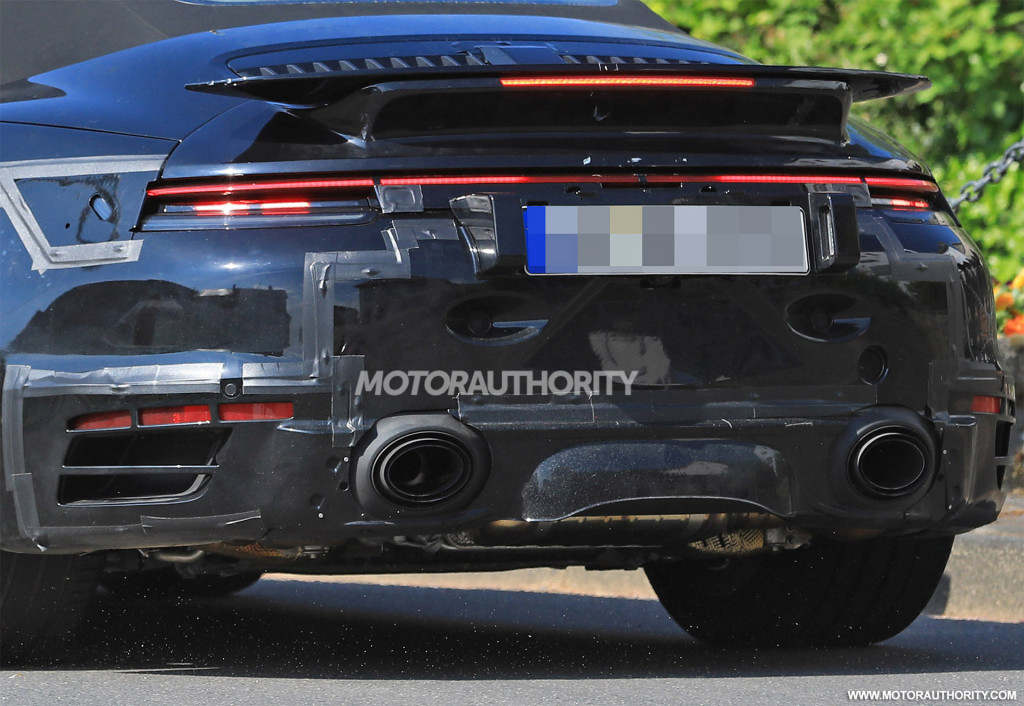 2020 Porsche 911 Turbo Cabriolet spy shots