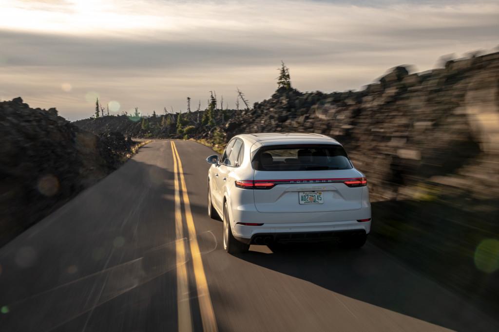 2020 Porsche Cayenne Turbo S E Hybrid Arrives With 670 Horsepower
