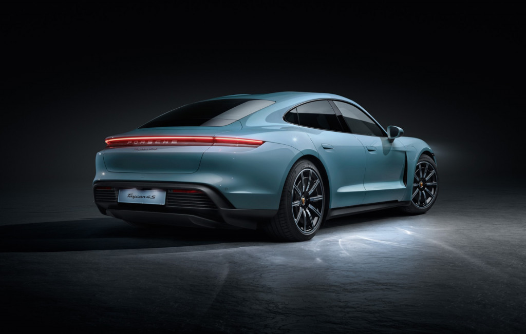 2020 Porsche Taycan 4S, 2020 Chevy Corvette Stingray, 2020 Bentley Flying Spur: This Week's Top Photos
