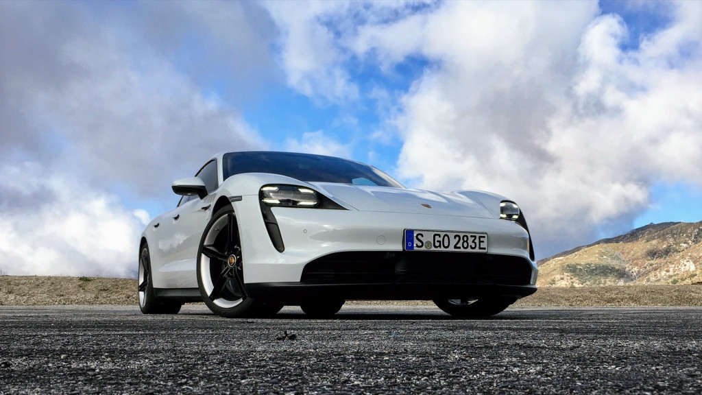 Porsche Taycan Turbo Epa Ratings Lowest Among Electric Cars In Efficiency