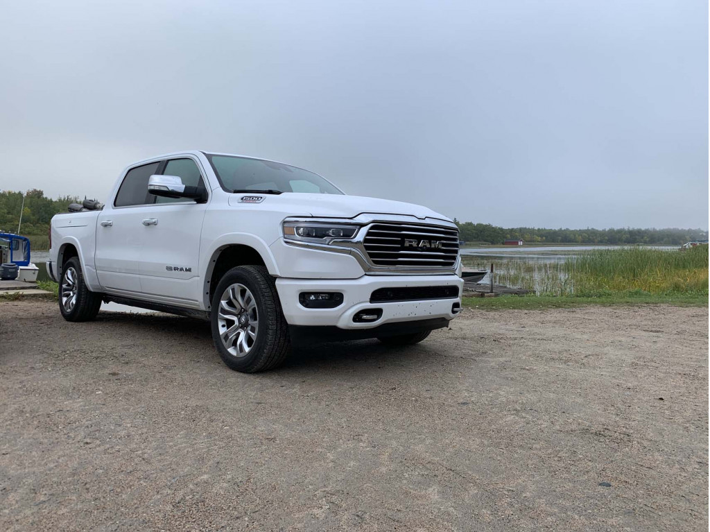 2020 Ram 1500 EcoDiesel rated up to 32 mpg highway by EPA, still trails Chevy