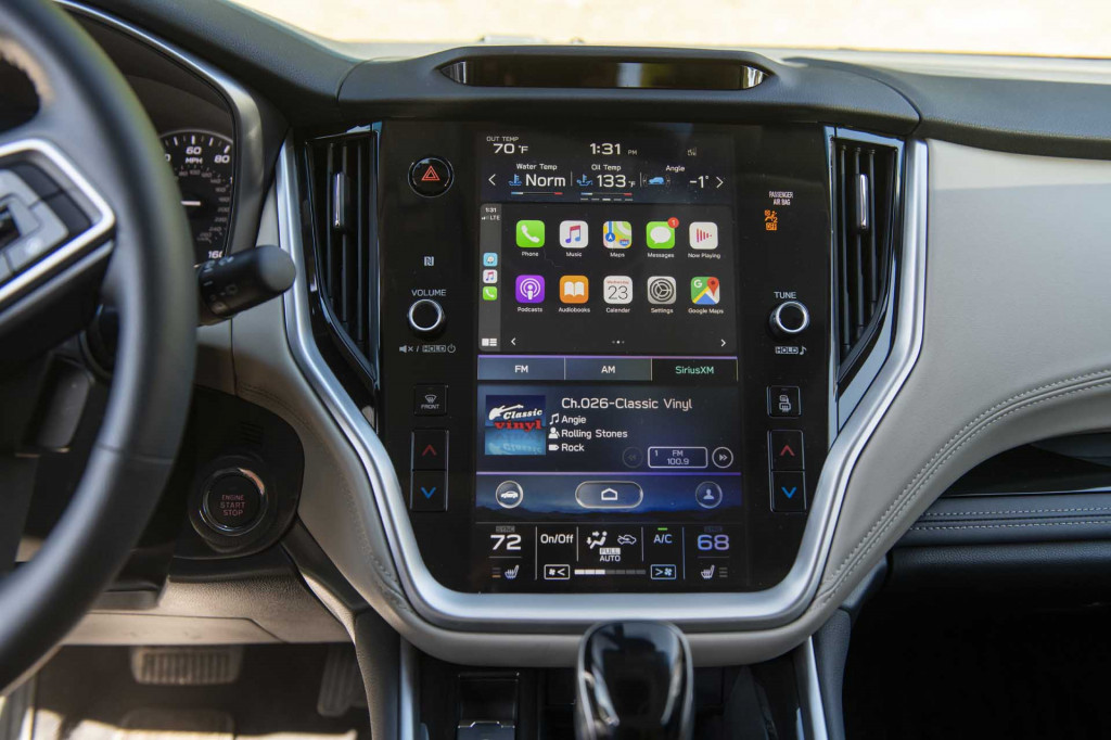 2020 Subaru Outback Apple CarPlay