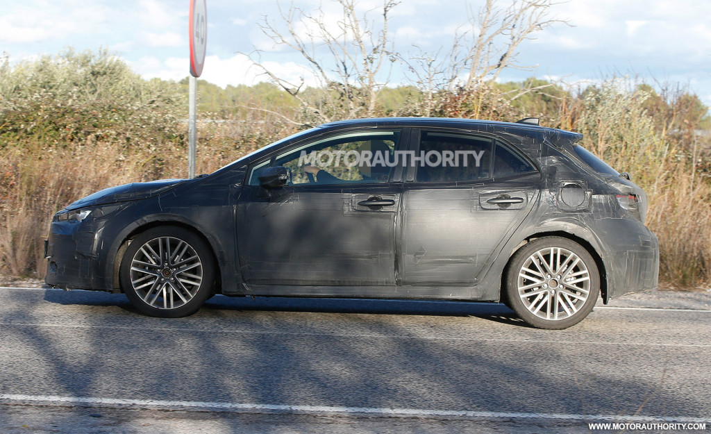 Toyota to debut 2019 Corolla hatchback at Geneva motor ...