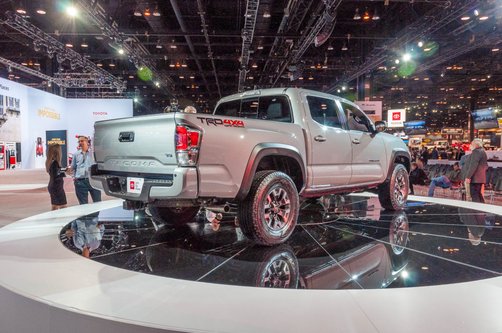 2020 Toyota Tacoma updated to maintain edge in mid-size ...