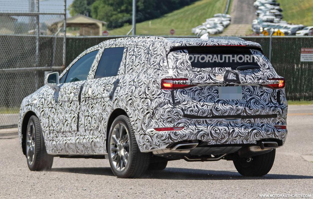 2021 Buick 3-row crossover spy shots - Image via S. Baldauf/SB-Medien