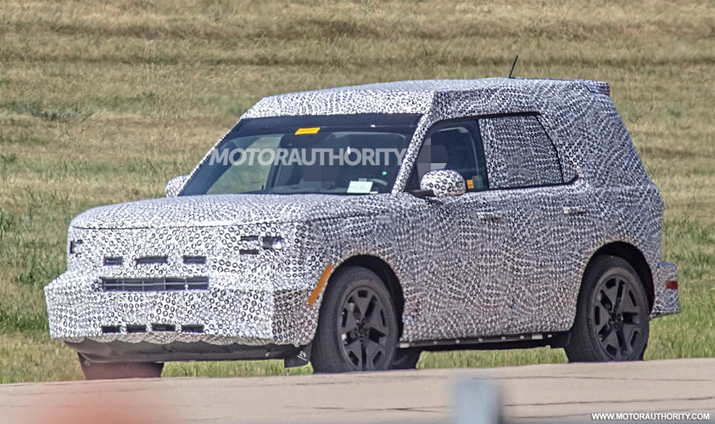 2021 Ford Bronco Sport spy shots - Photo credit: S. Baldauf/SB-Median
