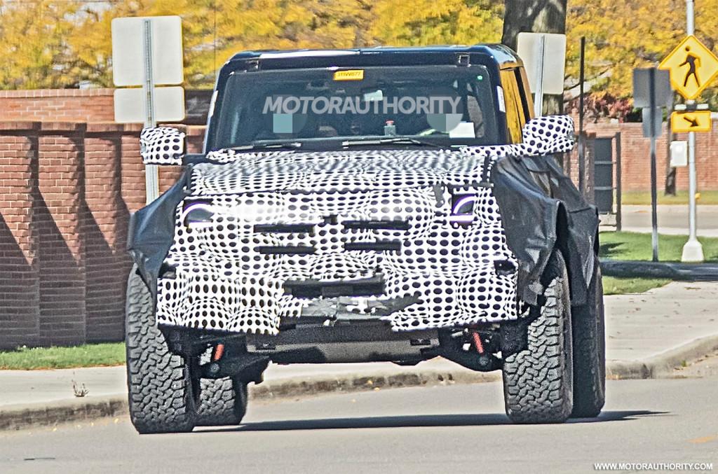 2022 Ford Bronco Raptor (or Warthog) spy shots - Photo credit: S. Baldauf/SB-Medien