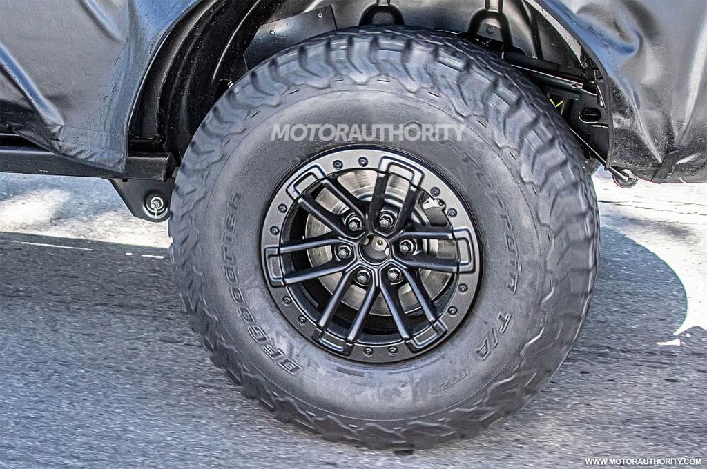 2021 Ford Bronco Raptor (or Warthog) spy shots - Photo credit: S. Baldauf/SB-Medien