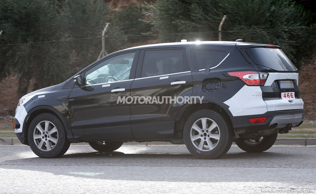 2021 Ford Escape spy shots