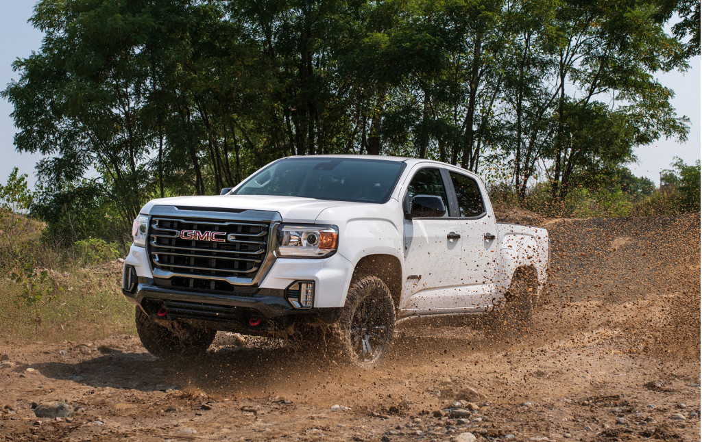 2021 GMC Canyon AT4 Off-Road Performance Edition climbs into rugged territory