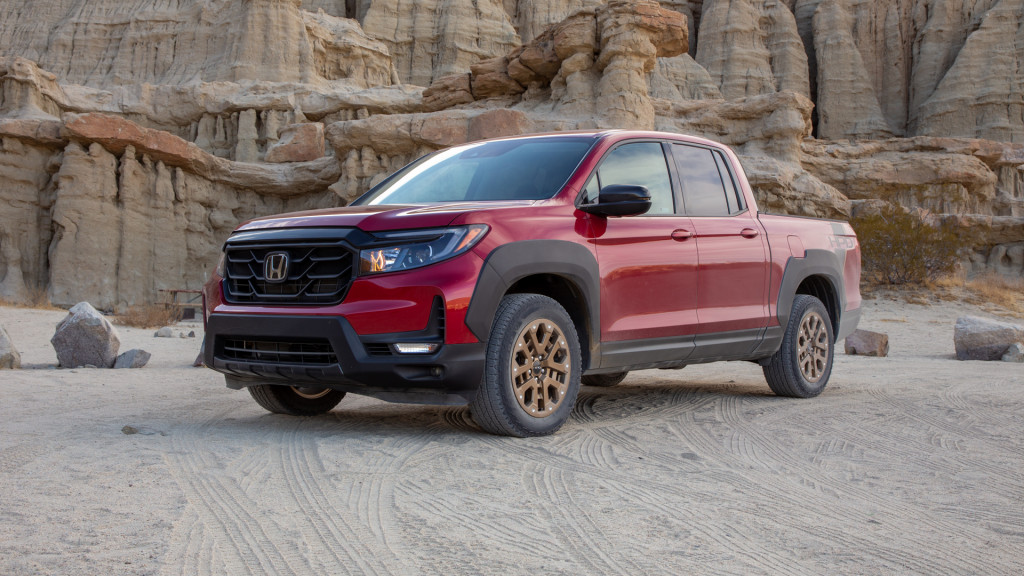 First drive: 2021 Honda Ridgeline bridges crossover comfort with pickup truck capability