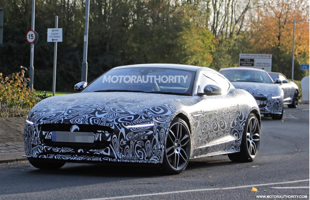 2021 Jaguar F-Type spy shots and video