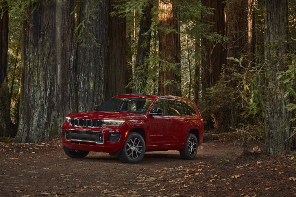 2021 Jeep Grand Cherokee L three-row SUV costs $38,690, crests at $67,000
