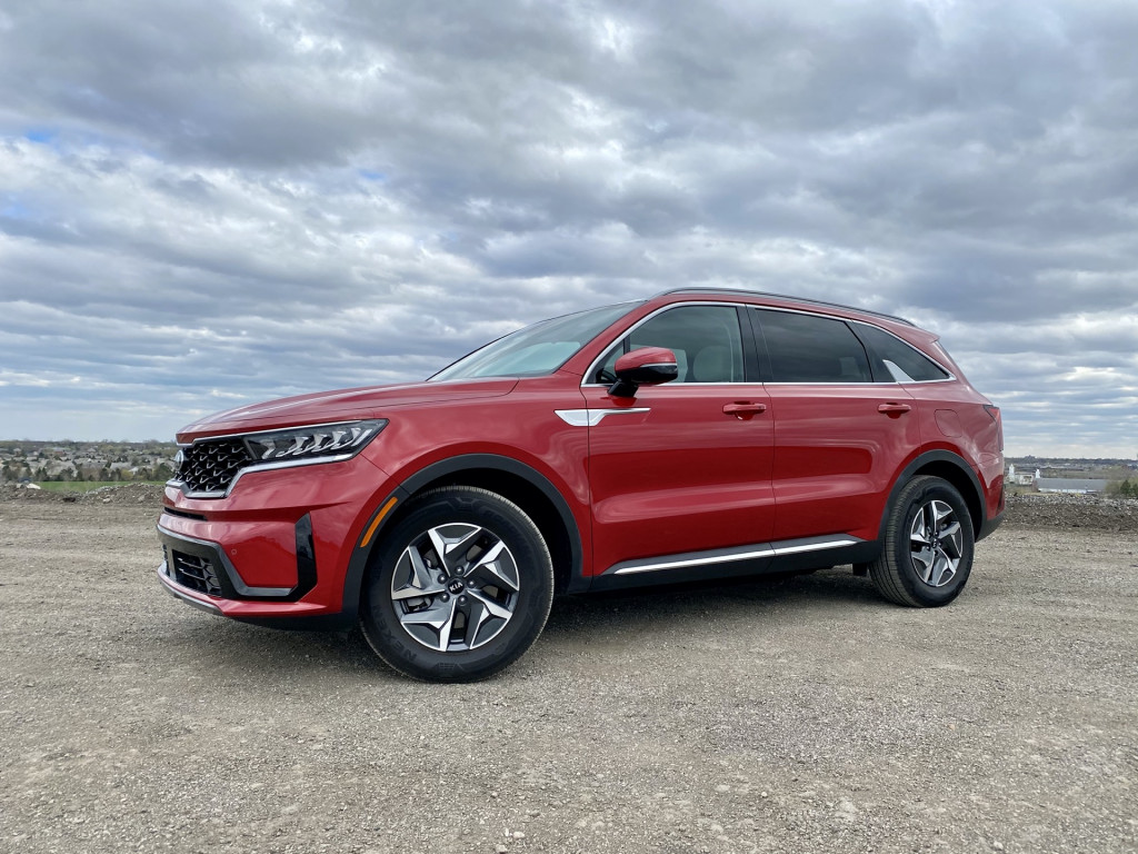Review update: 2021 Kia Sorento Hybrid drives home value and efficiency