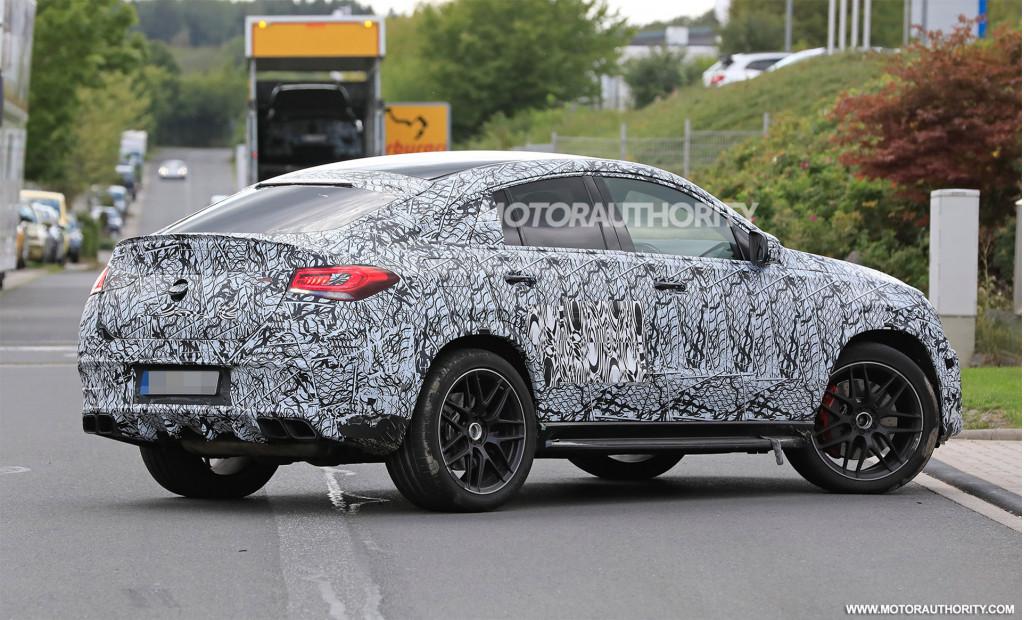New Lamborghini supercar, Mercedes-AMG GLE63 Coupe, Porsche Taycan interior: Today's Car News