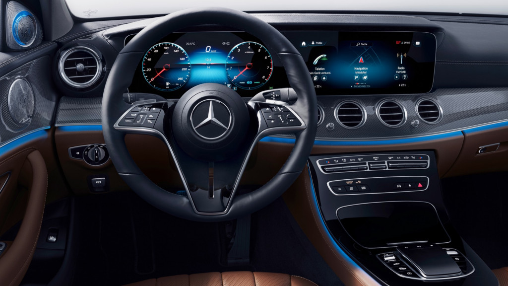 2021 Mercedes-Benz E-Class dashboard