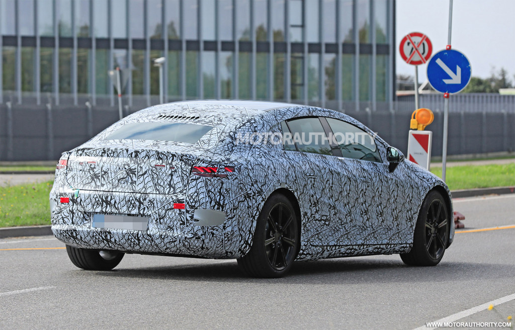 2022 Mercedes-Benz EQS spy shots - Photo credit: S. Baldauf/SB-Medien