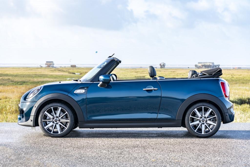 2021 Mini Cooper S Convertible Sidewalk Edition