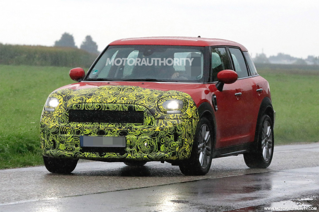 2021 Mini Countryman spy shots