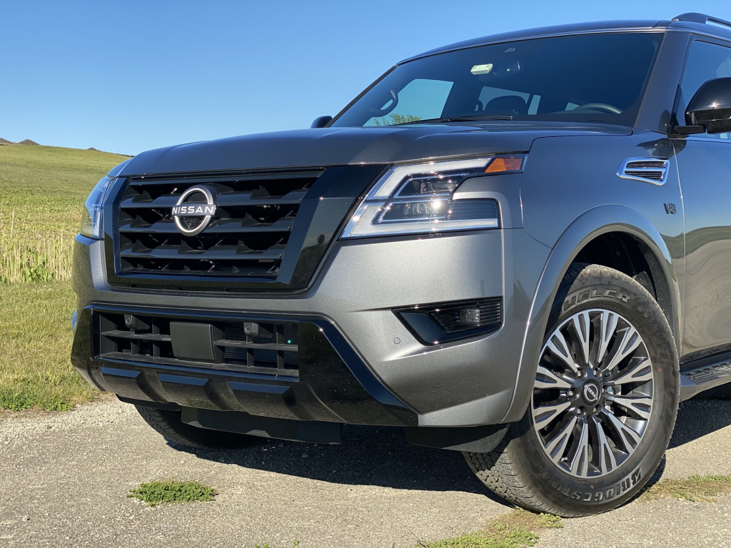2021 Nissan Armada SL with Midnight Edition package