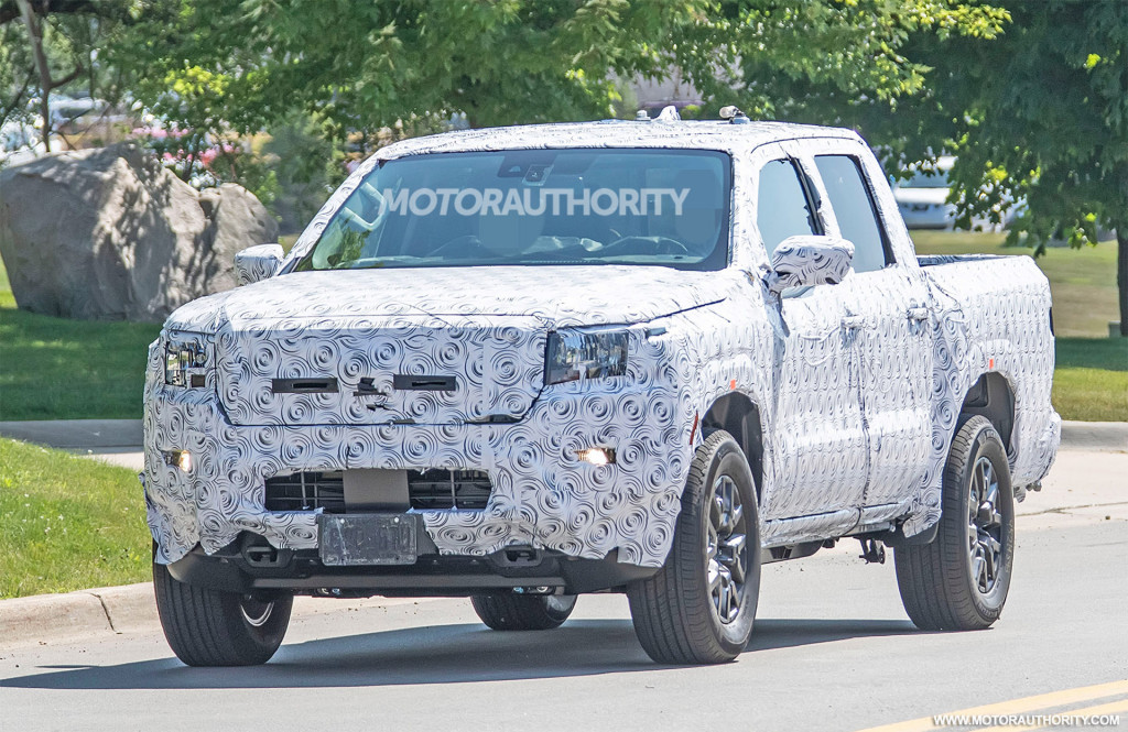 2022 Nissan Frontier Spy Shots Long Overdue Redesign Coming Soon