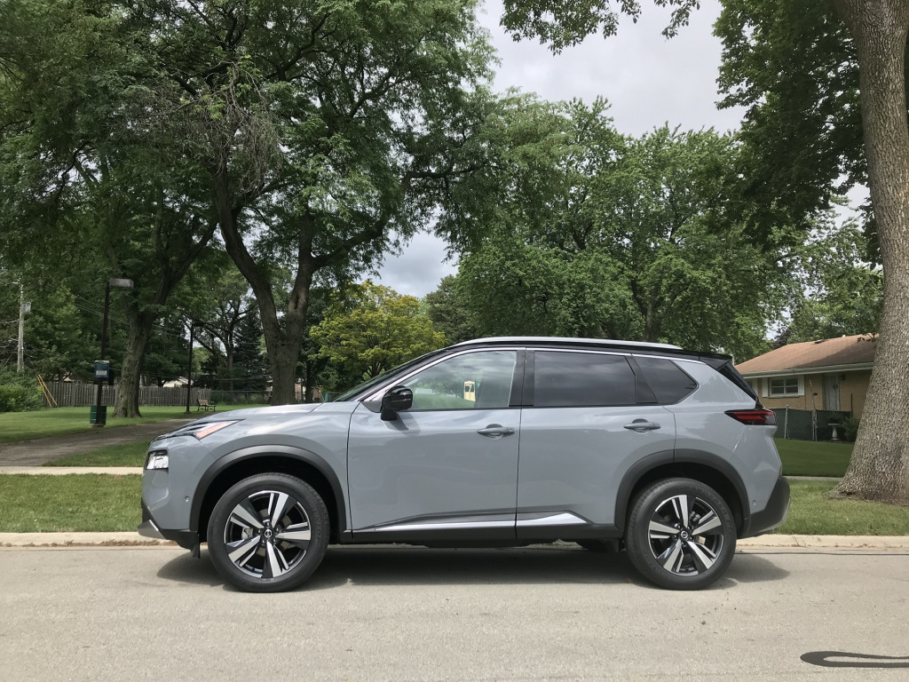 2021 Nissan Rogue Crossover Suv Comes With A Platinum Touch