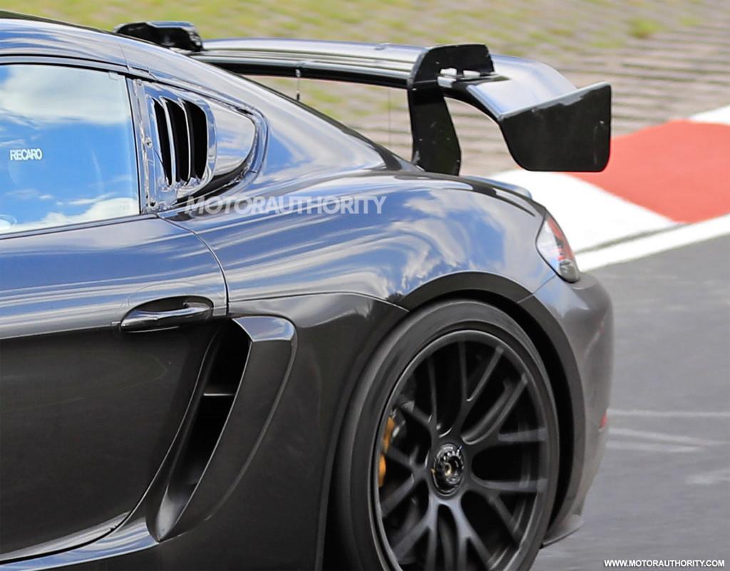 Tembakan mata-mata Porsche 718 Cayman GT4 RS 2022 - Kredit gambar: S. Baldauf/SB-Medien