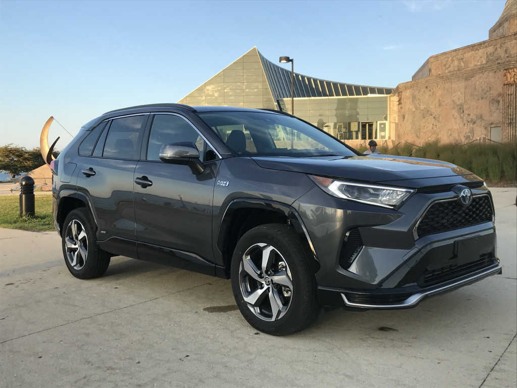 2021 Toyota Rav4 Review Ratings Specs Prices And Photos The Car Connection