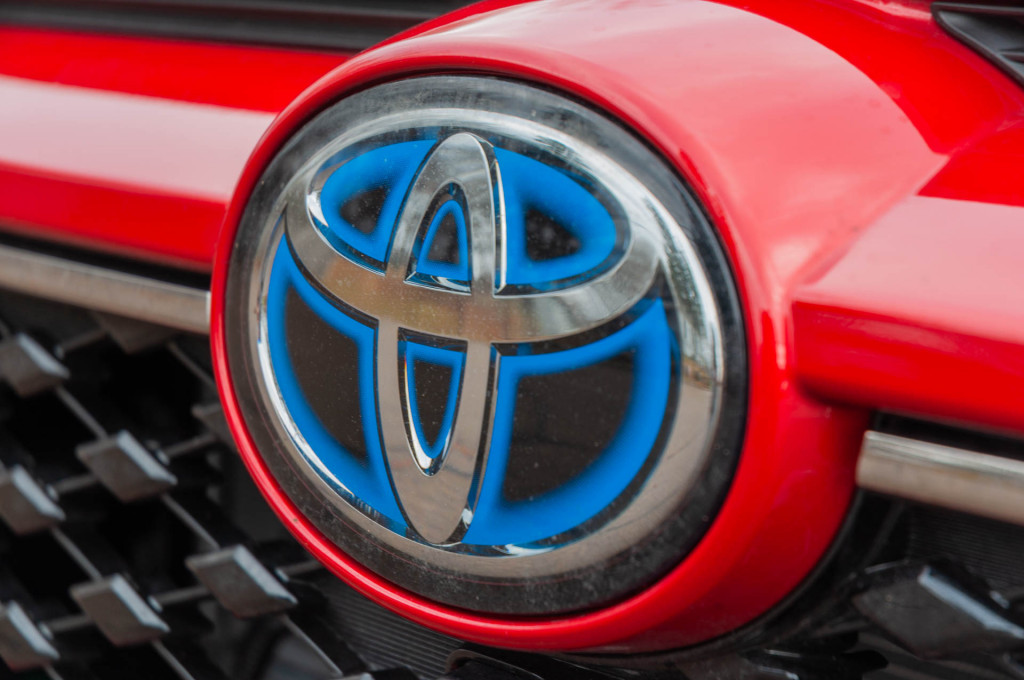 Toyota and Lexus plan new three-row crossover SUVs, most likely as hybrids