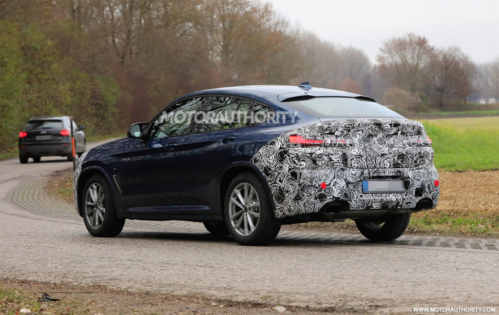 2022 BMW X4 facelift spy shots - Photo credit: S. Baldauf/SB-Medien