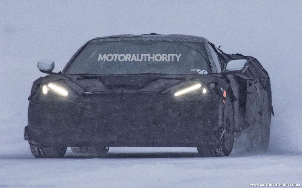 2022 Chevrolet Corvette Z06 spy shots and video