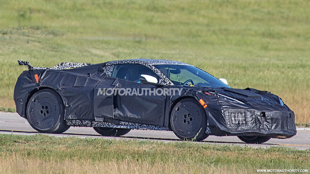 2022 Chevrolet Corvette Z06 spy shots - Photo credit: S. Baldauf/SB-Medien