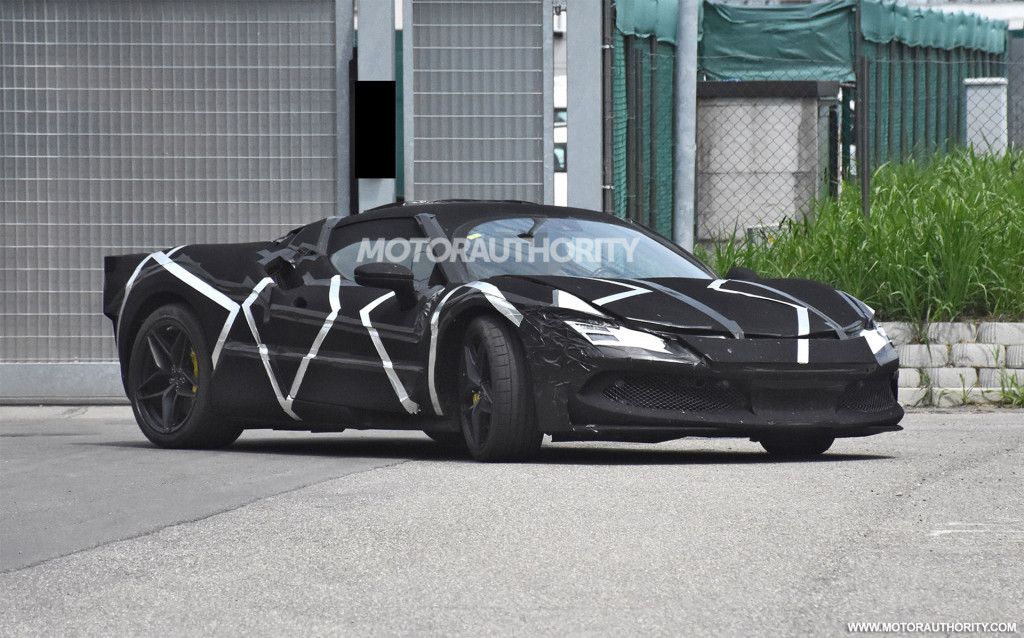 2022 Ferrari V-6 hybrid supercar spy shots - Photo credit:S. Baldauf/SB-Medien