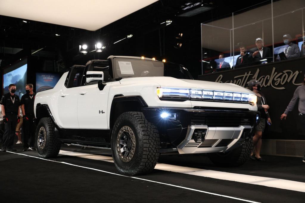 2022 GMC Hummer EV Edition 1 at Barrett-Jackson auction