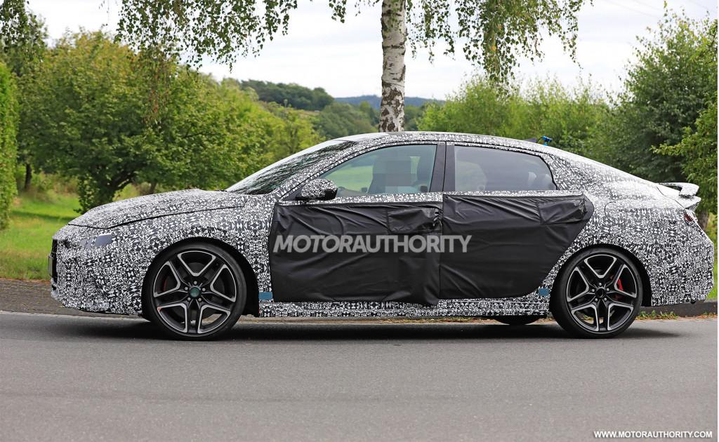 2022 Hyundai Elantra N spy shots - Photo credit:S. Baldauf/SB-Medien