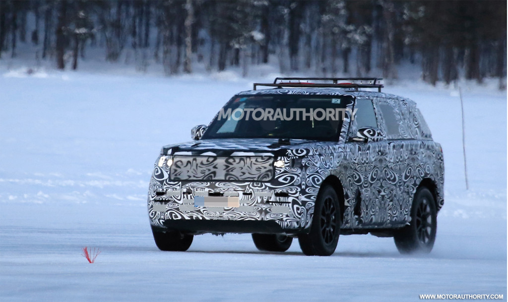 2022 Land Rover Range Rover Sport spy shots - Photo credit: S. Baldauf/SB-Medien