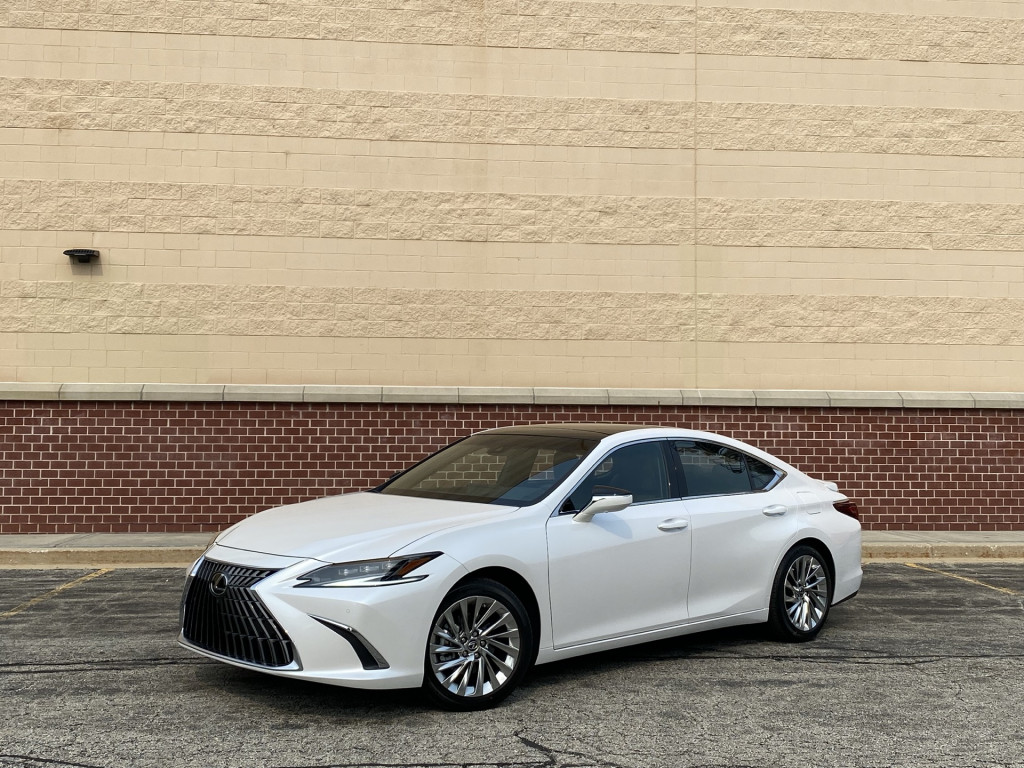 2022 Lexus ES 350